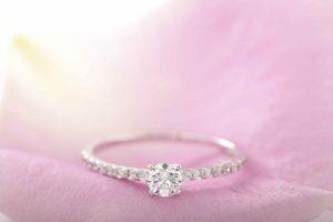 エタニティリング婚約指輪