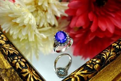 ブルーダイヤ指輪