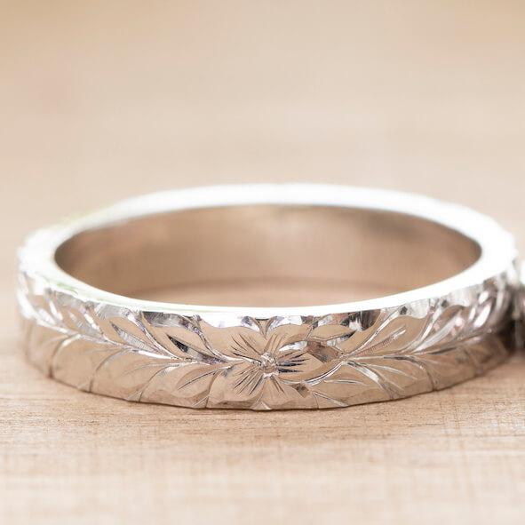 ハワイアンジュエリーの結婚指輪・マイレリーフ
