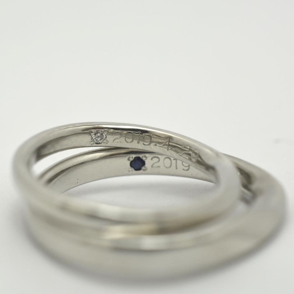 誕生石シークレットストーンの手作り結婚指輪
