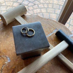 工房スミス・彫金工法・結婚指輪
