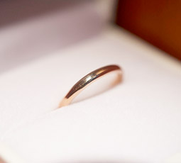 K18ピンクゴールドの指輪写真