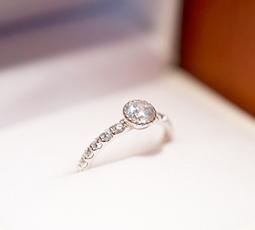 ミルウチ留めの結婚指輪