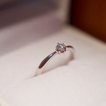手作り婚約指輪の参考写真1