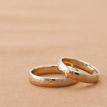 いい夫婦の日に間に合う、手作りの結婚指輪