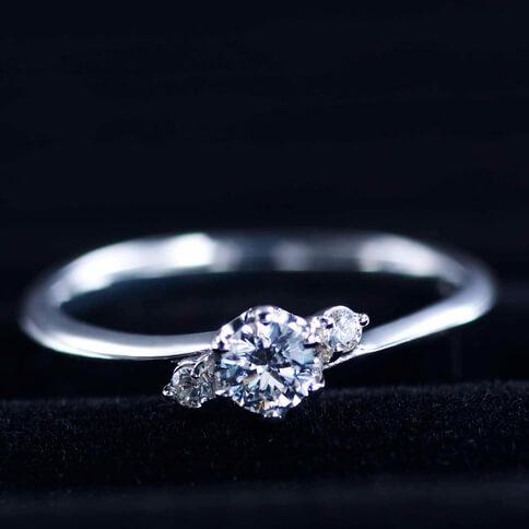 婚約指輪・工房スミス