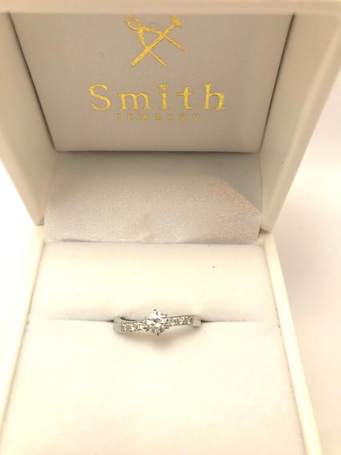 お客様の手作り婚約指輪 ダイヤモンド ウエーブリング