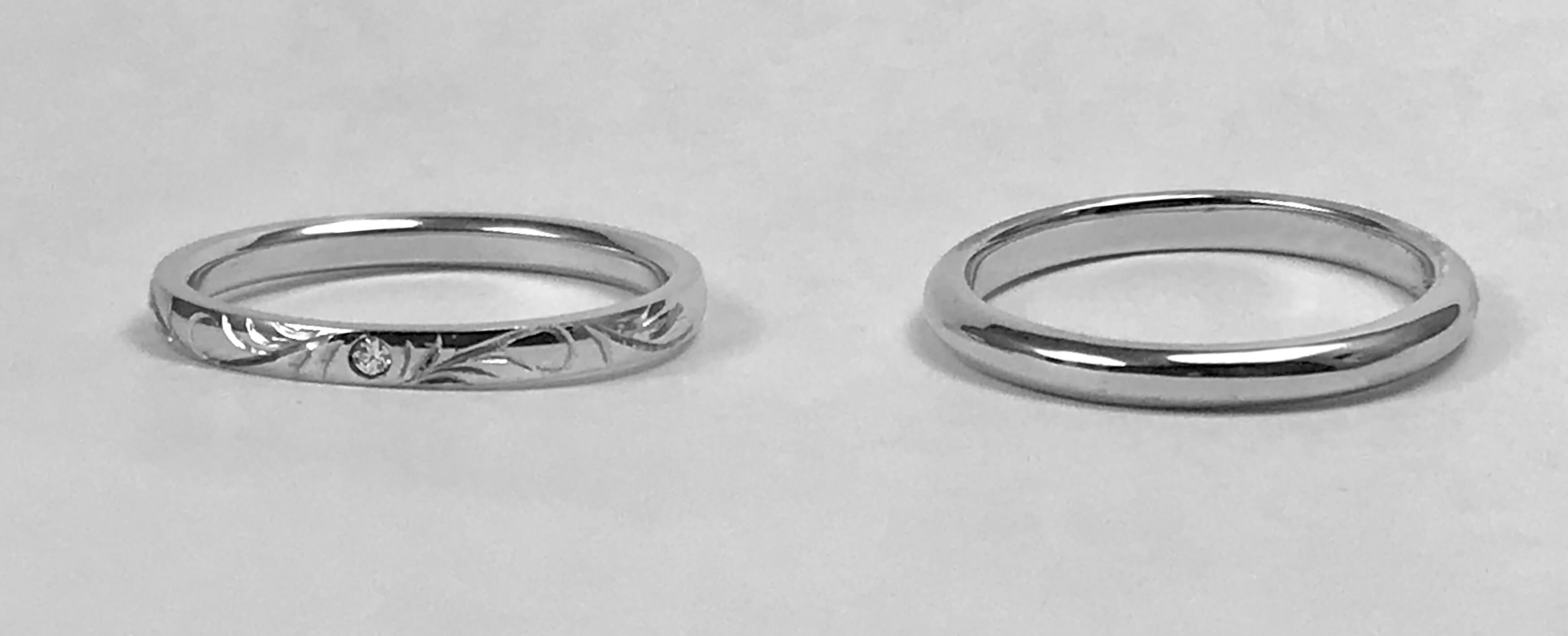 人気です、彫刻入りの結婚指輪
