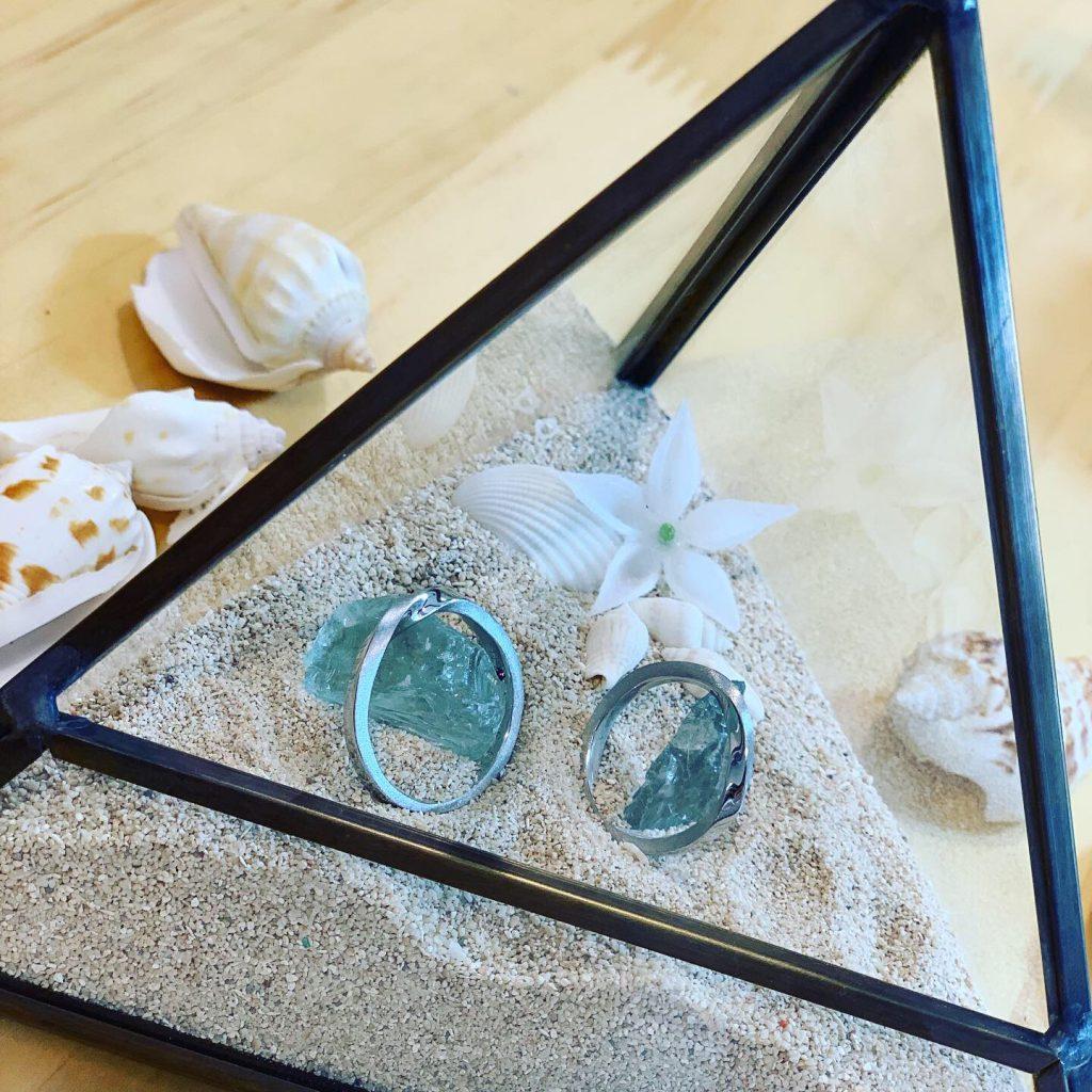 結婚指輪と手作りリングピローアップ