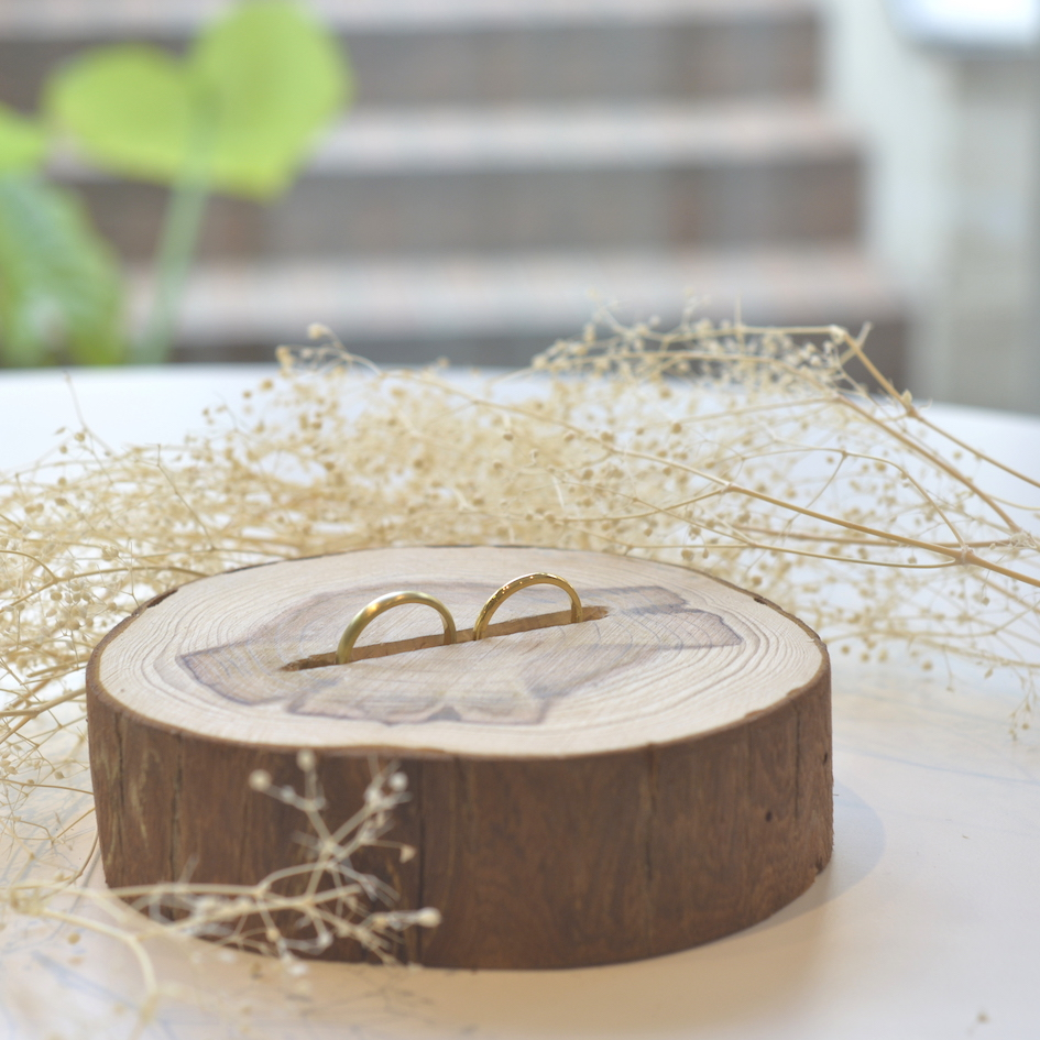 手作り結婚指輪に似合う、ハンドメイドのリングピロー