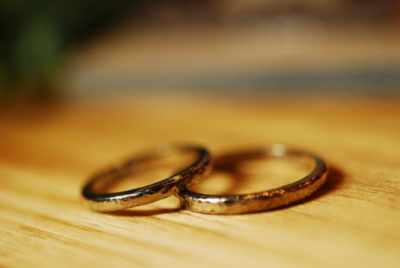 手作り結婚指輪・ハンマー仕上げ・工房スミス