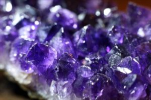 2月の誕生石「アメジスト(紫水晶)」