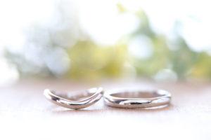 プラチナの結婚指輪を相場価格より安く、価値を上げて購入する方法