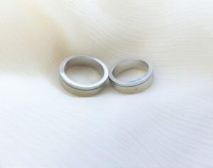 シンプルでも満足!後悔しない結婚指輪の選び方のポイント